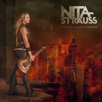 Strauss, Nita: Controlled chaos