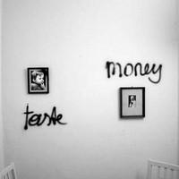 Ja, Panik: The Taste And The Money